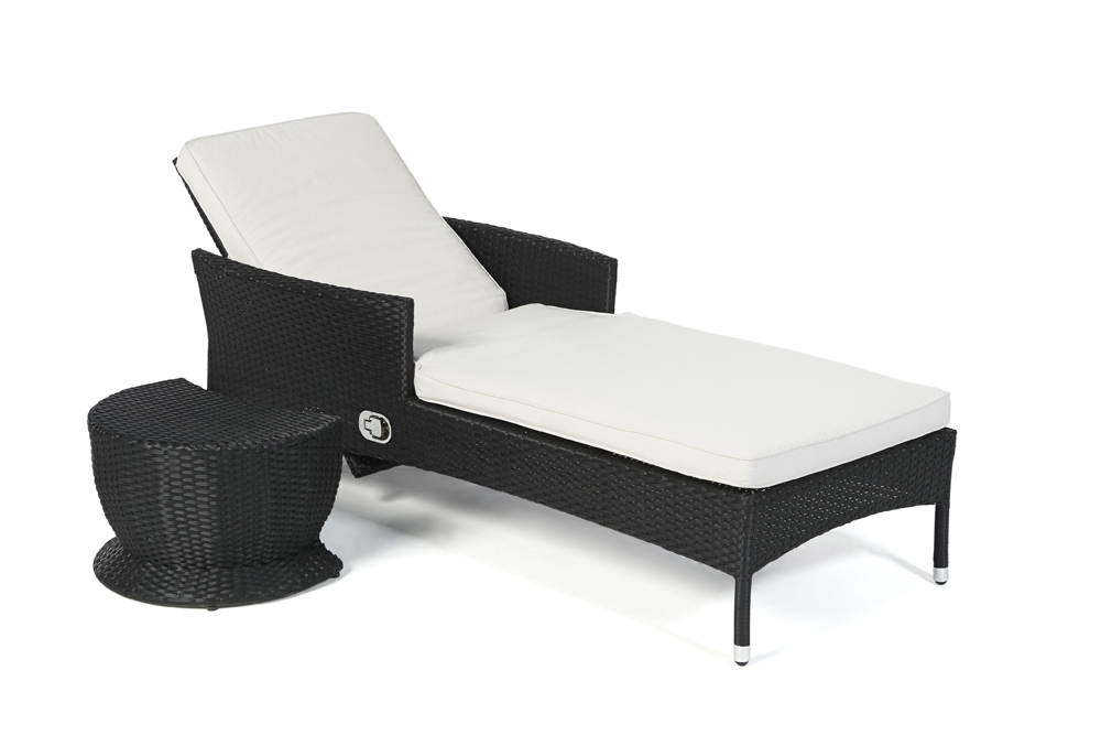 rattan sonnenliege beach chair with rattan sonnenliege awesome rattan sonnenliege gartenliege. Black Bedroom Furniture Sets. Home Design Ideas